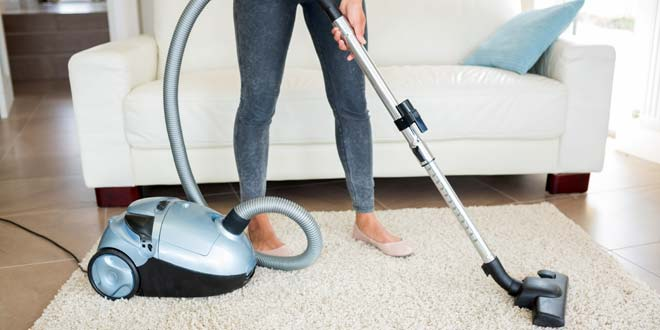 8 Advantages Of Canister Vacuums Over Upright Models